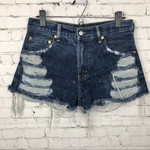 Levi's Distressed High Rise Shorts 29